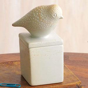 White Stone Bird Box